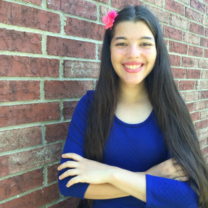 Elisha Fernandez - WhollyART - headshot