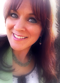 Robin Rapture endorses I Love ME! Self esteem in Seven Easy Steps by Elisha and Elyssa